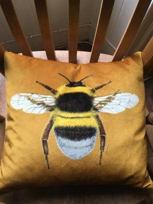 VELVET YELLOW BEE CUSHION