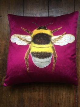 Velvey Berrie Pink Bee Cushion