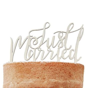 Ginger Ray Wooden Cake Toppper - 'Just Married'