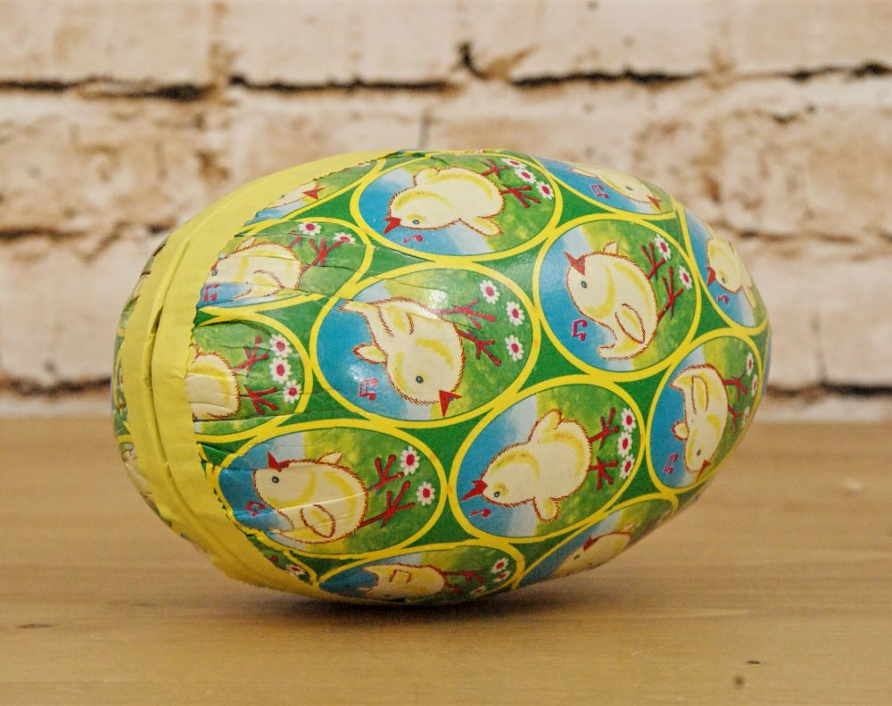 Gisela Graham Paper Nesting Hollow Eggs with Chick Design - Set of 2