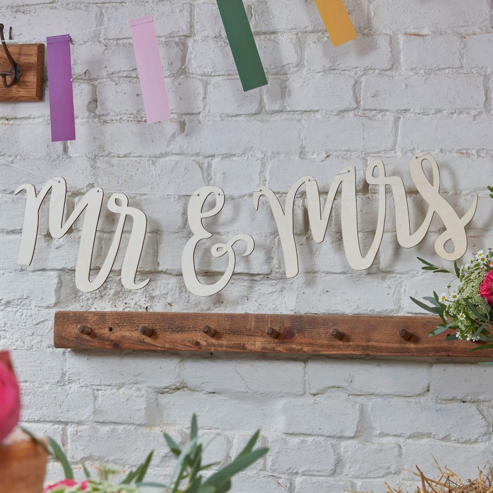Wooden Mr and Mrs Cutout Bunting