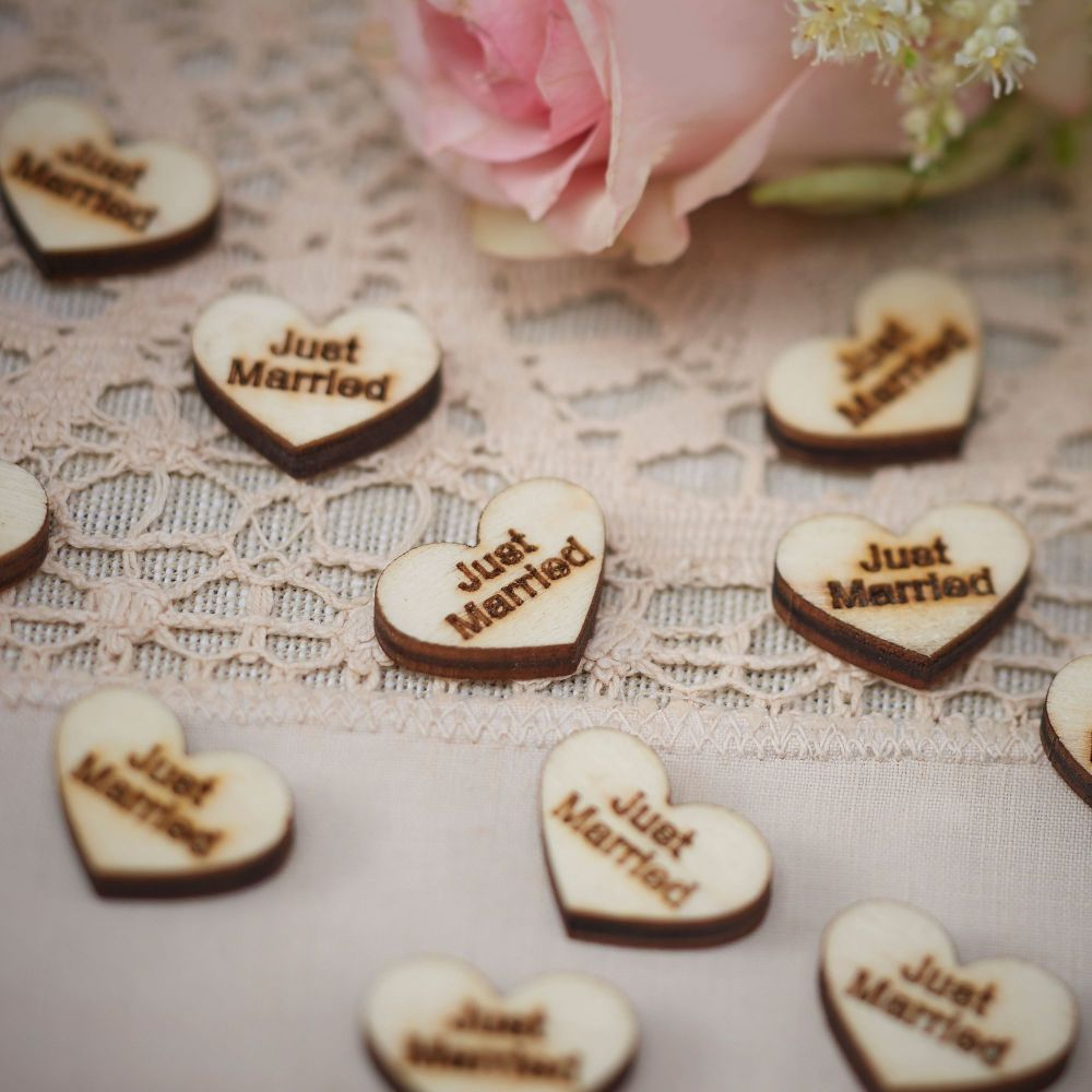 Ginger Ray 'Just Married' Wooden Heart Confetti