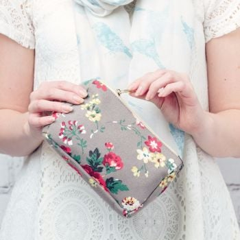 Vintage Floral Make up Bag