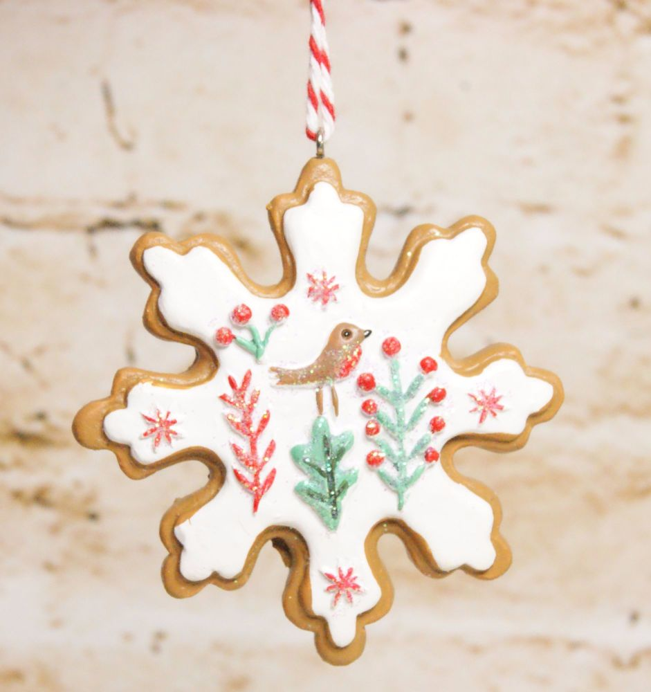 Gisela Graham Resin Iced Snowflake Biscuit Hanging Decoration- 3 Assorted D