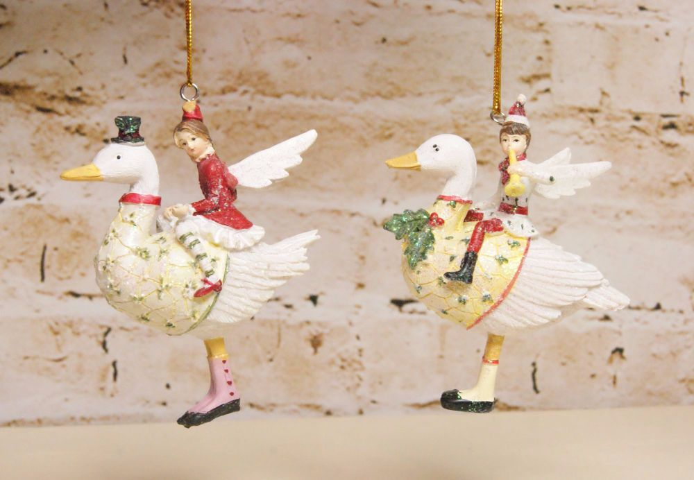 Gisela Graham Resin Boy and Girl on Goose Decoration