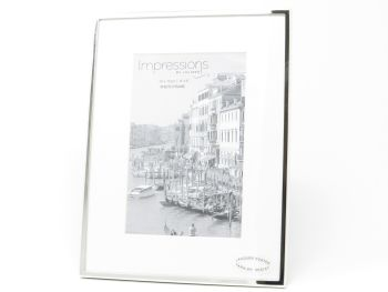 """Silver Plated Stand Photo Frame - 4"""" x 6"""""""