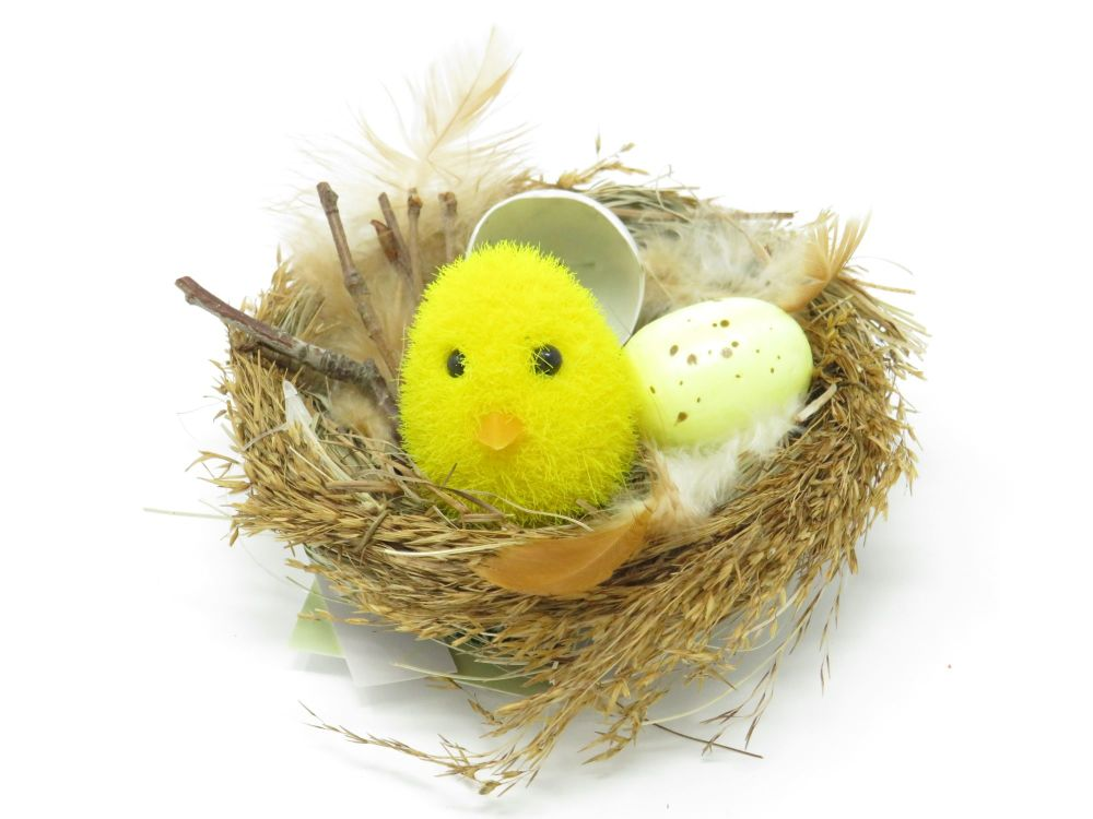 Chick in Nest Clip Decoration