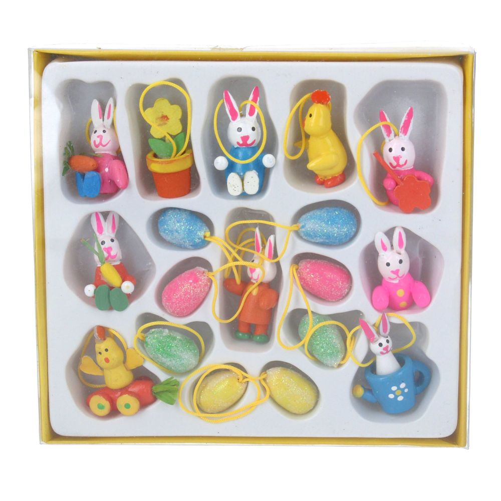 Gisela Graham Box of 18 Mini Wooden Easter Decorations