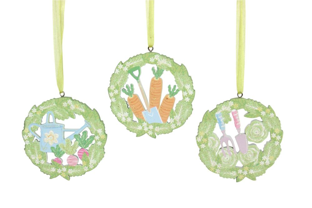 Gisela Graham Wooden Gardening Fretwork Hanging Decoration - Set of 3