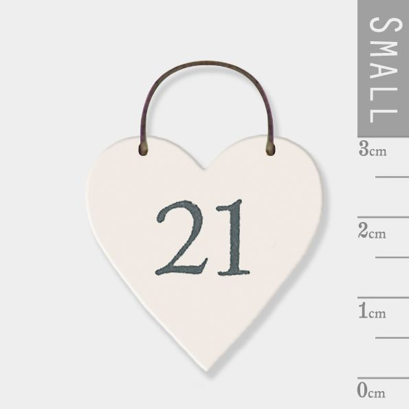 East of India Mini Wooden Heart Tag - 21
