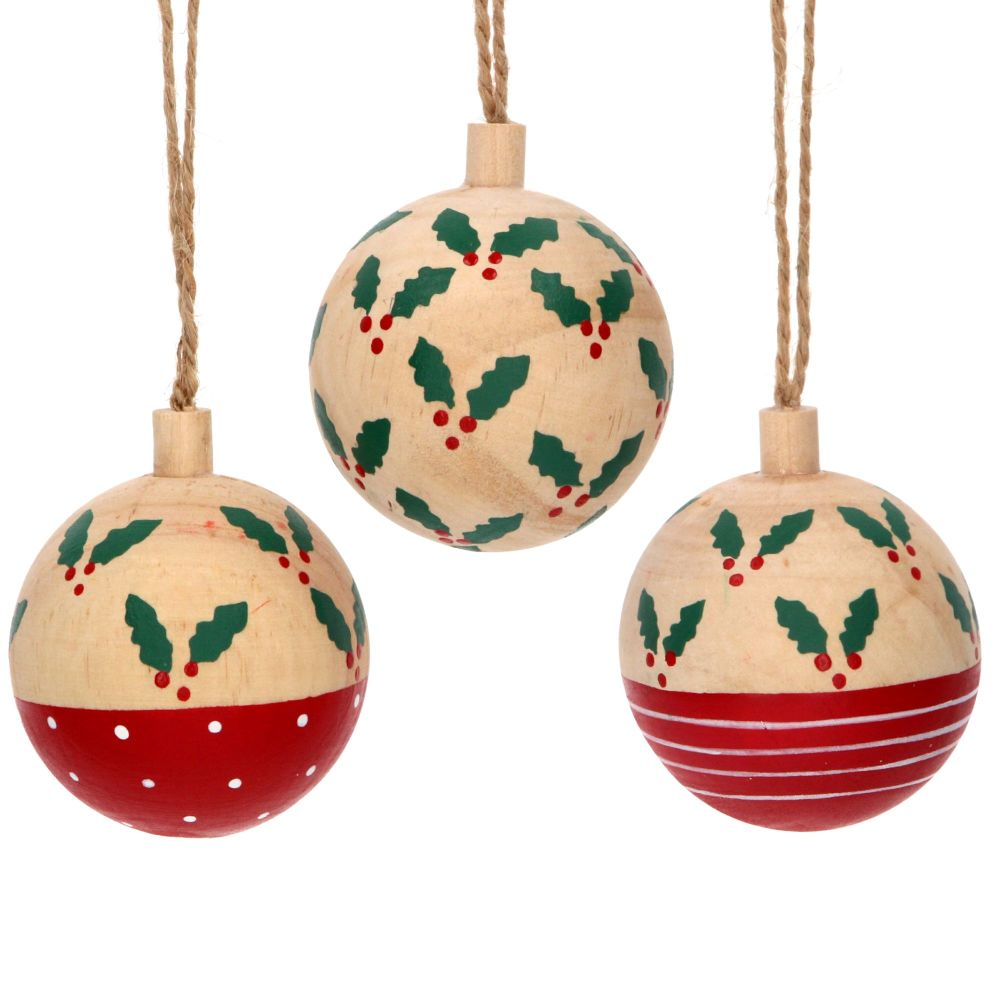 Gisela Graham Wooden Holly Baubles - 3 Assorted