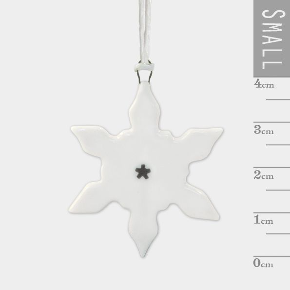 East of India Porcelain Small Snowflake Decoration