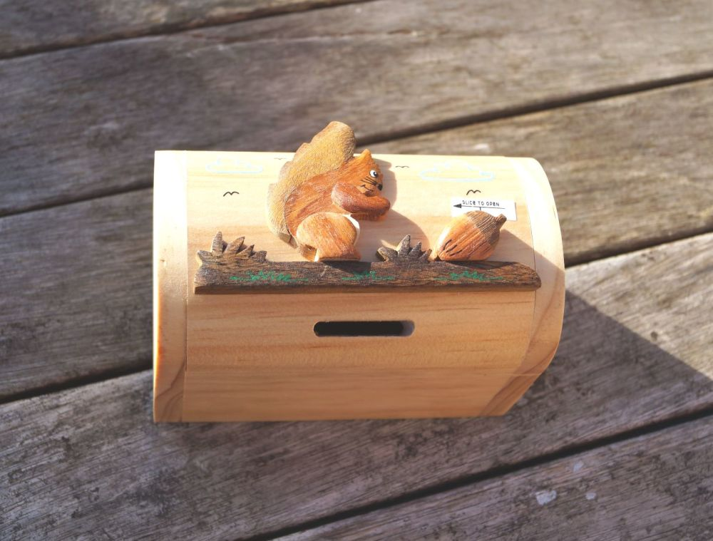 Squirel moneybox