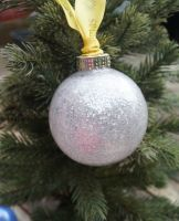Silver glastic bauble