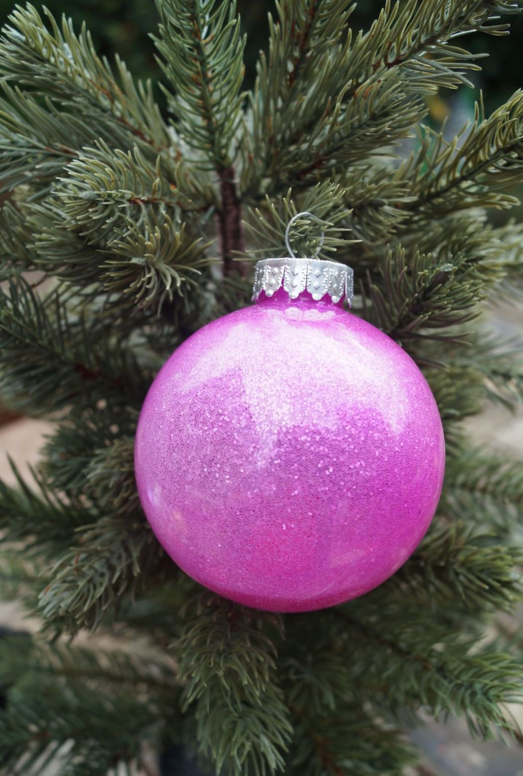 Red glastic bauble