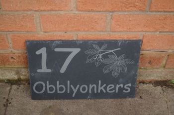 Personalised conker tree house sign