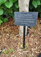 Memorial plaque with steel stem
