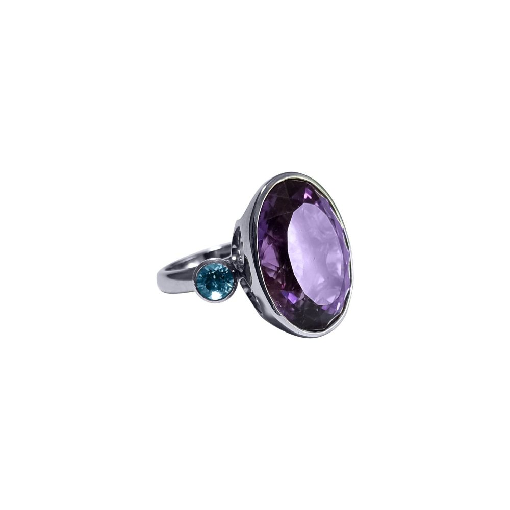 Amethyst and Aquamarine Ring by JUPP