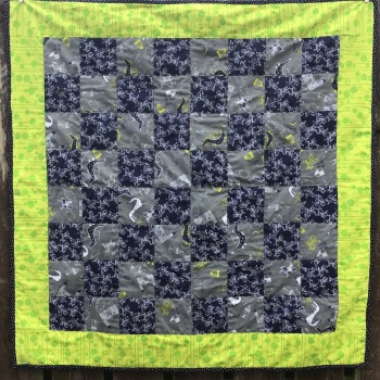 "Dragons, Knights and Castles Cotbed quilt (41"" x 41"" 104cm x 104cm)"