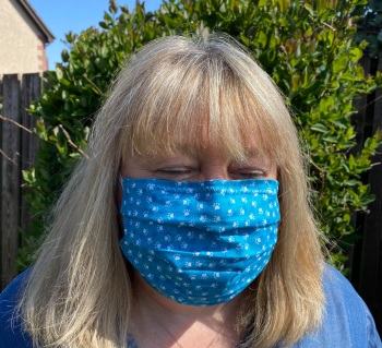 Makers Choice - Re-usable Cotton Face Masks Face Coverings with new improved nose Strip.  available in Adult, Small Adult/Teen and Child