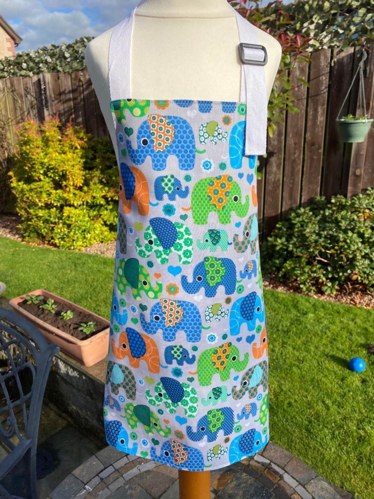 Child's Reversible Elephant Apron - Medium (6-12 years)