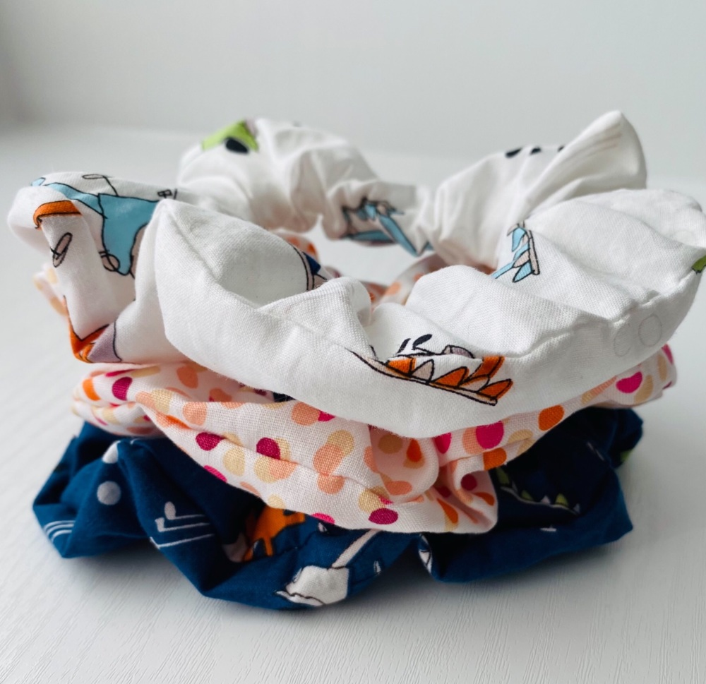 Set of 3 hair scrunchies for golfers