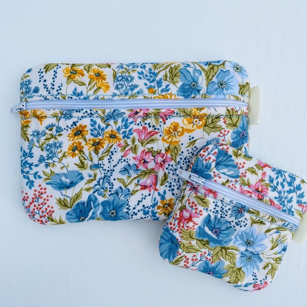 Floral set of zipped Purses