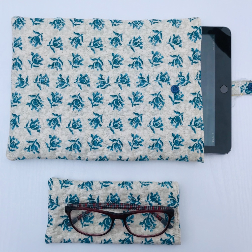 Blue Flower quilted iPad/Tablet cover and Reading Glasses Set