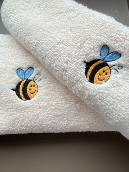 Bee Embroidered luxury hand towel and facecloth set (choice of colours with option to personalise)