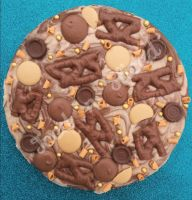 Caramel Lover Fudge Pizza