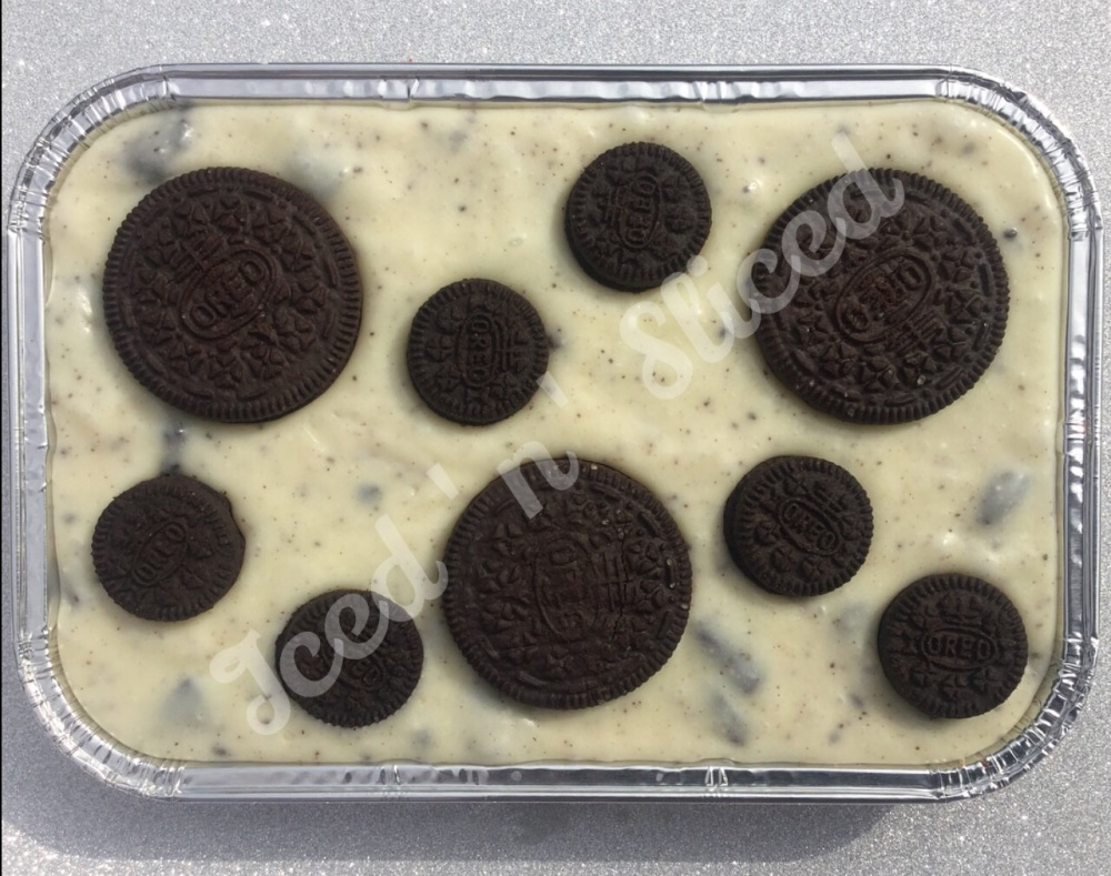 Cookies & Cream Fudge Tray