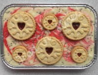 Jammie Dodger fudge tray
