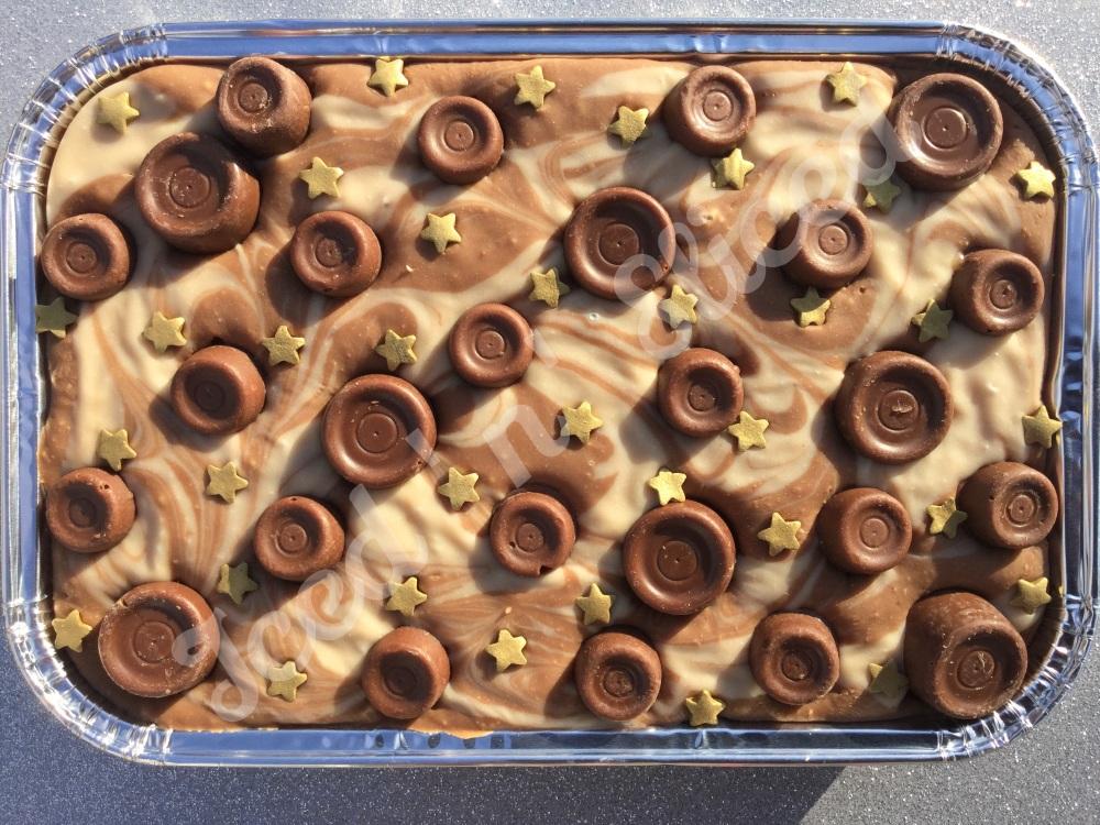 Rolo Caramel Swirl Fudge Tray
