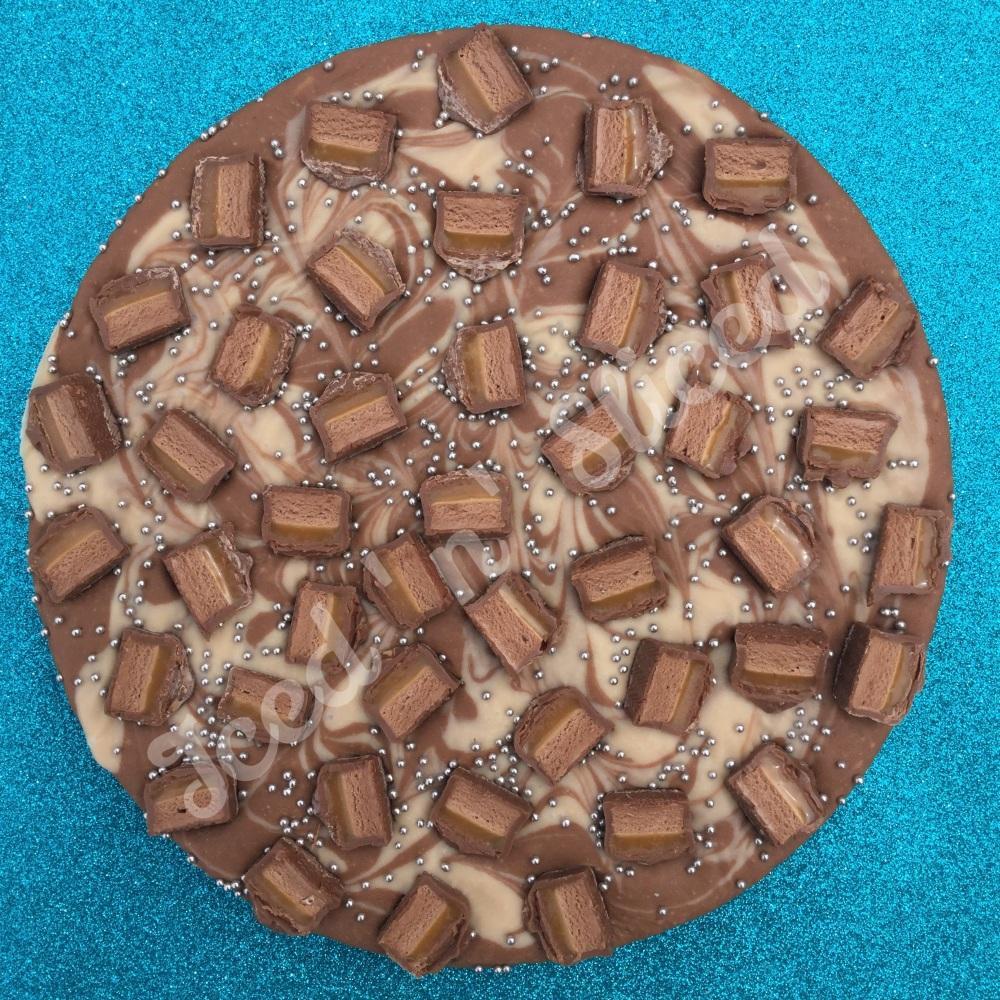 Mars Swirl fudge pizza