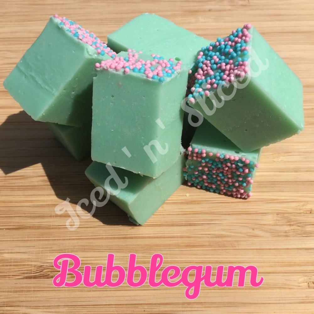 Bubblegum fudge pieces