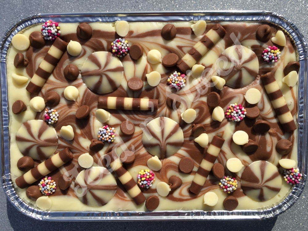 Out of this Swirled fudge tray