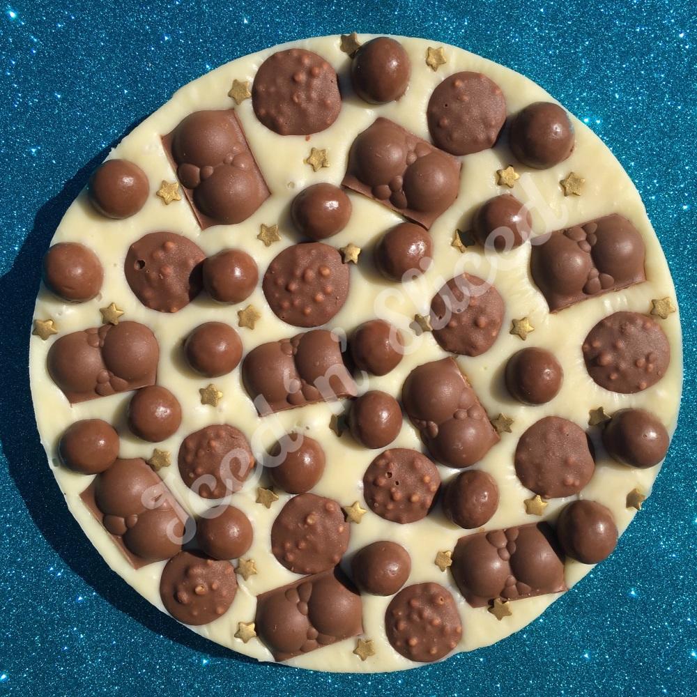 Malteser Madness white fudge pizza