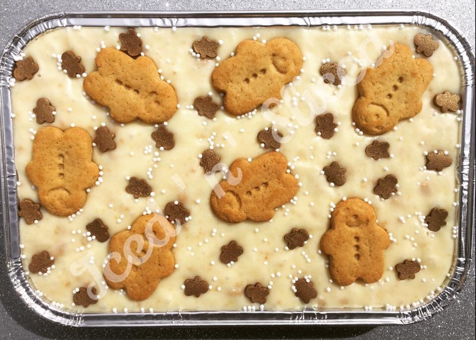 Gingerbread Man fudge tray