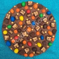 Perfect Peanuts Fudge Pizza
