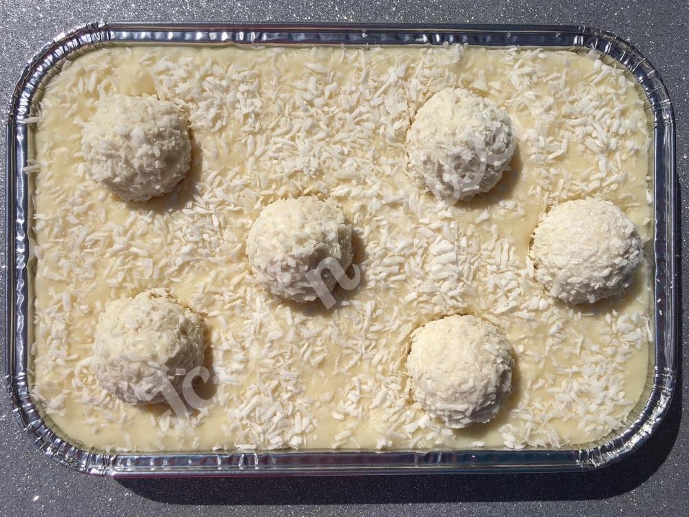 Coconut Raffaelo Fudge Tray