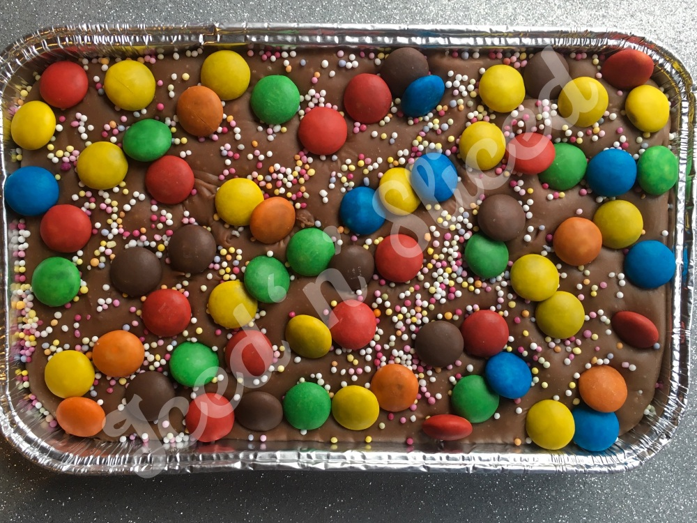 NEW M&M fudge tray