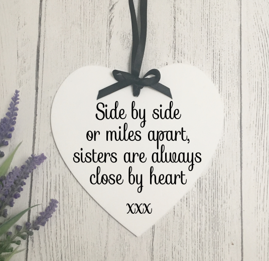 Sister quote hanging heart