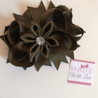 Flower Middle - Medium Brown