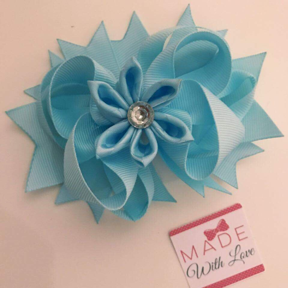 Flower Middle - Light Blue