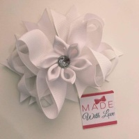 "4.5"" Flower Middle Bow Clip - White"