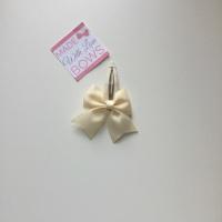 """2.5"""" Bow Snap Clip - Cream"""
