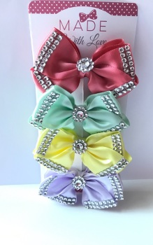"4"" Diamanté Bow Clip Pack"