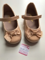 Mary Jane Bow Shoes - Tan