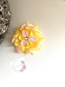 """3.5"""" Flower Centre Clip - Yellow & Light Pink"""