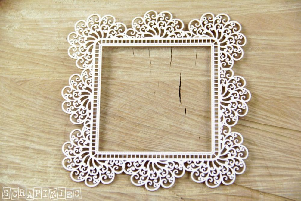 Dolly Lace Square Frame